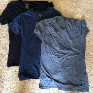 💕Lot of 3 Polo V neck shirts